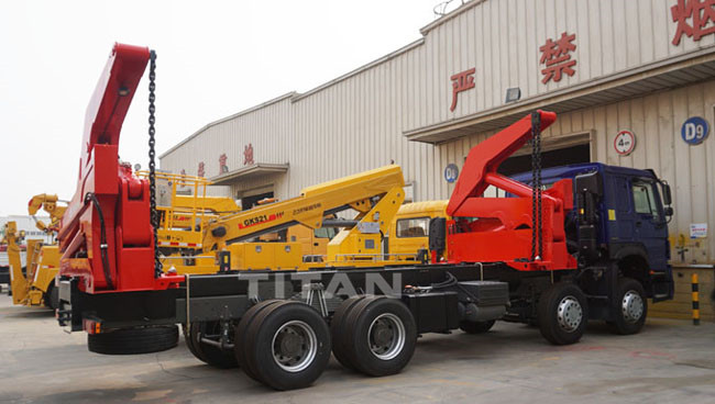 self loading container truck 5.jpg