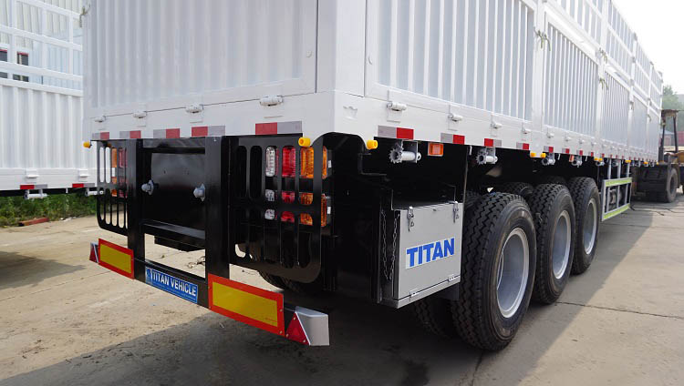Tri Axle 60 Tons Fence Semi Trailer for Sale in Sudan